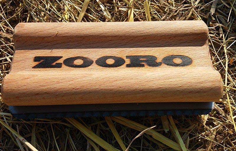 zooro-grooming-tool